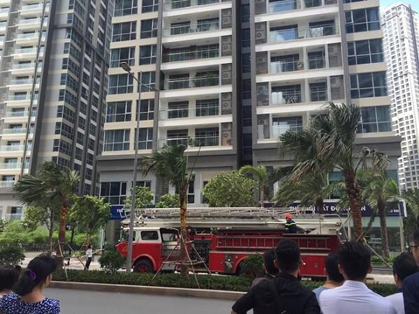 Cháy căn hộ 11 tầng tại Vinhomes Central Park